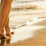 woman_beach_feet